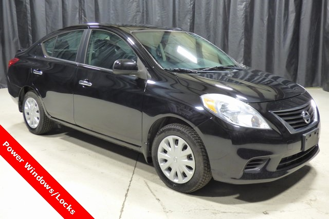 Pre Owned 2013 Nissan Versa 1.6 SV