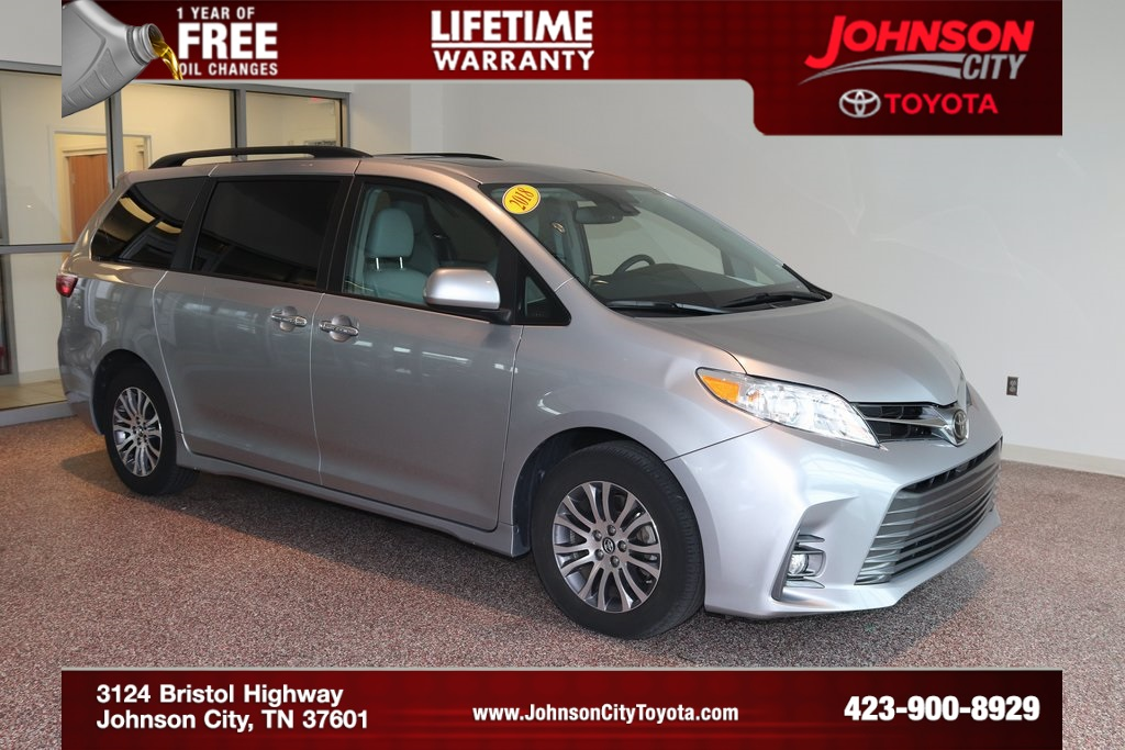 Pre Owned 2018 Toyota Sienna XLE